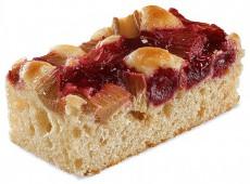 Пирог c ревнем и вишней